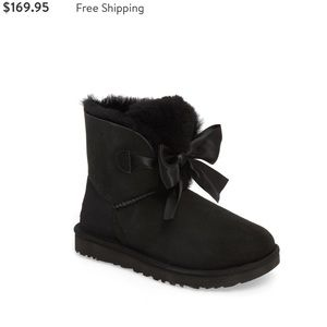UGG Mini Gita Bow Cut♥️ Black winter Boots Sz 8